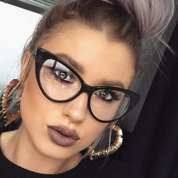 dioptria nélküli fekete cicás divat szemüveg